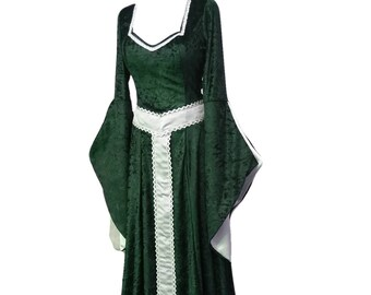 Celtic dress, medieval and renaissance dress with girdle belt, St Patrick's day,