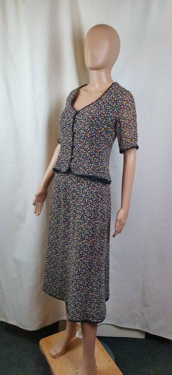 CAROLINE CHARLES LONDON Silk Two Piece Set. Flora… - image 3