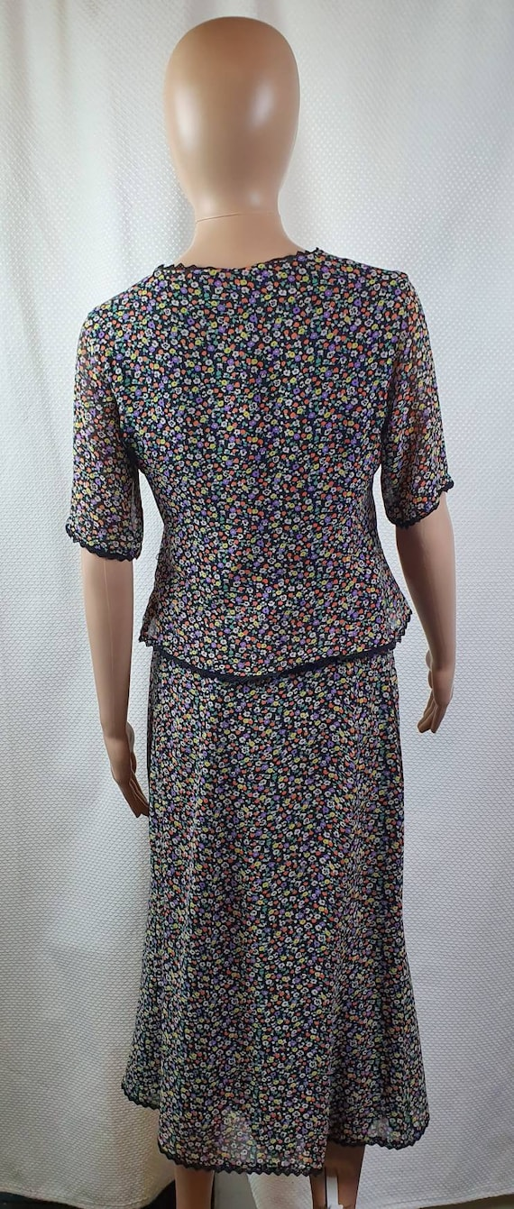 CAROLINE CHARLES LONDON Silk Two Piece Set. Flora… - image 6