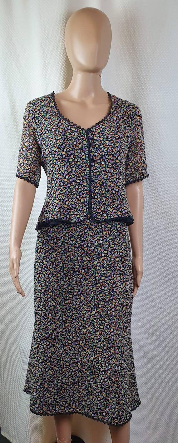 CAROLINE CHARLES LONDON Silk Two Piece Set. Flora… - image 1