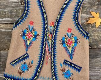 c3bb73e72fb Vintage 1970s Hand Embroidered Wool Vest   XS   Polish Folk   Beautiful