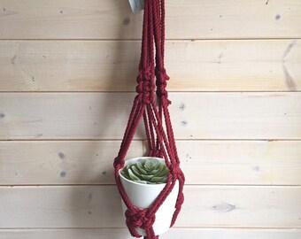PRÊT À PARTIR Liquidation Jardinière suspendu en macramé bourgogne, jardinière courte en macramé corde épaisse 5 mm. jardinière pour plante
