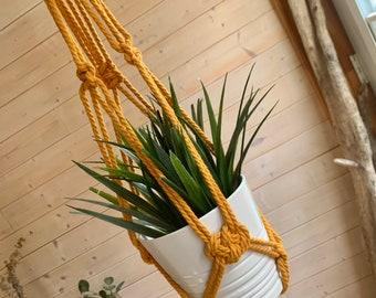 Jardinière en macramé format long corde très épaisse 5 mm Support à plante suspendu en macramé, jardinière longue en macramé moutarde