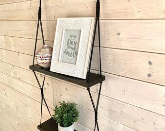 Tablette double en macramé et bois noire, tablette en bois 2 étages, tablette suspendue tablette bois et corde, tablette en bois flottante,