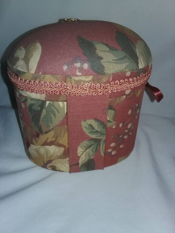Sensational Raymond Waites Collection Once Upon A Rose Fabric Chest Box Tassel Gift Box Vintage Flower Box With Tossel Caraccident5 Cool Chair Designs And Ideas Caraccident5Info