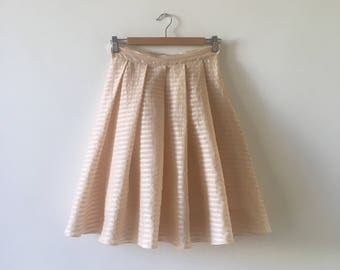 6 Pleated striped skirt pink