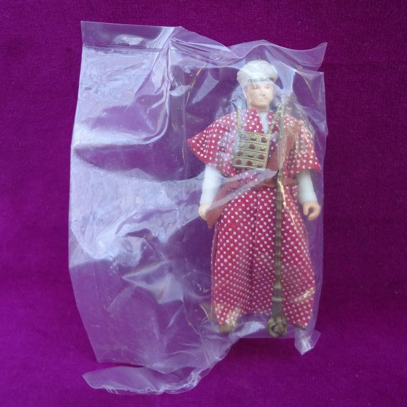 39df7a01276 1982 3 3 4 inch Belloq Ceremonial Robe Action Figure Raiders