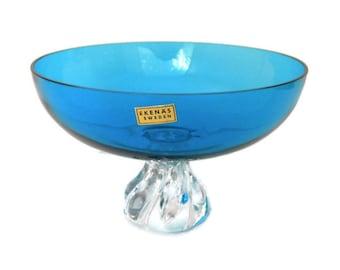 Vintage handblown swedish glass dish  casque  barrelful designed sign Orvar Lake Ekenas glasbruk  1 12 x 9 34