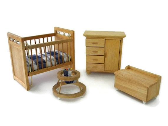 1:12 Vintage Toy Chest w// Toys Wooden Green Box Nursery Miniature Dollhouse Gift