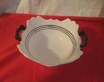 Vintage LE Smith mt.pleasant serving bowl