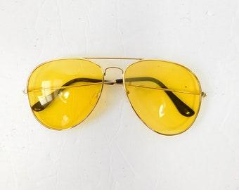 826102c4feb58 50% SUMMER SALE Vintage 1970s 70s Classic Standard Yellow Gold Transparent  Fashion Big Aviator Sunglasses Frame Lens Glasses Eyewear
