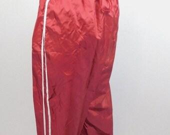 50/% OFF SPRING SALE Vintage Danskin Now Black White Side Stripe Workout Sweat Drawstring Elastic Pockets Windbreaker Pants Activewear Medium