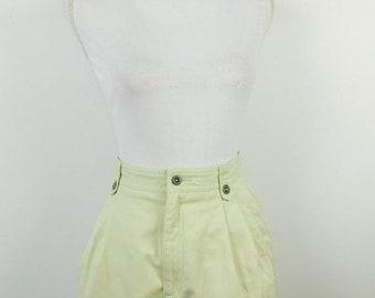663184f05d92 50% SUMMER SALE Vintage 1980s 80s Harve Benard Light Pale Green Minimal  High Waist Long Pleated Front Cotton Knee Shorts Sz 8 Medium