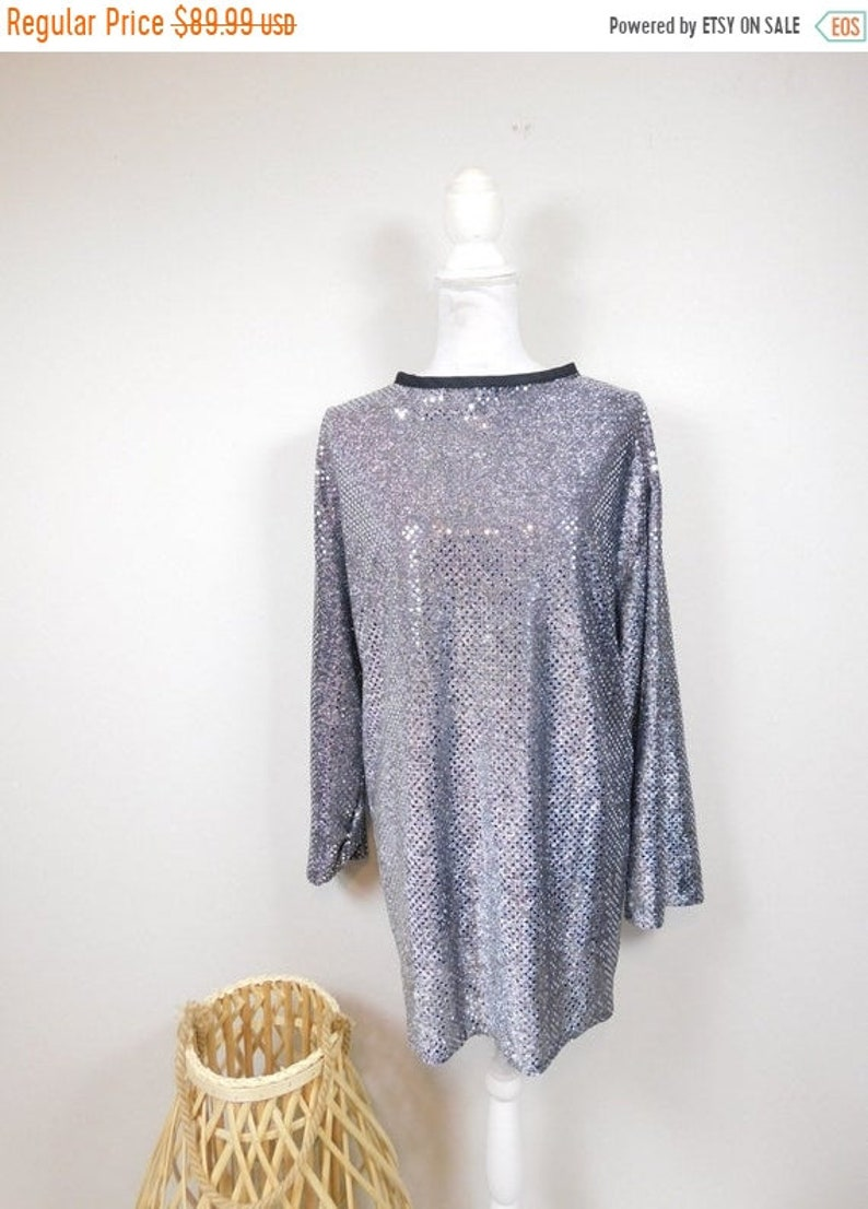 50/% OFF SPRING SALE Vintage 90s Black Silver Sequin Shiny Metallic Oversized Minimal Long Sleeve Top Shirt Tee Blouse Sz 181X Plus Size