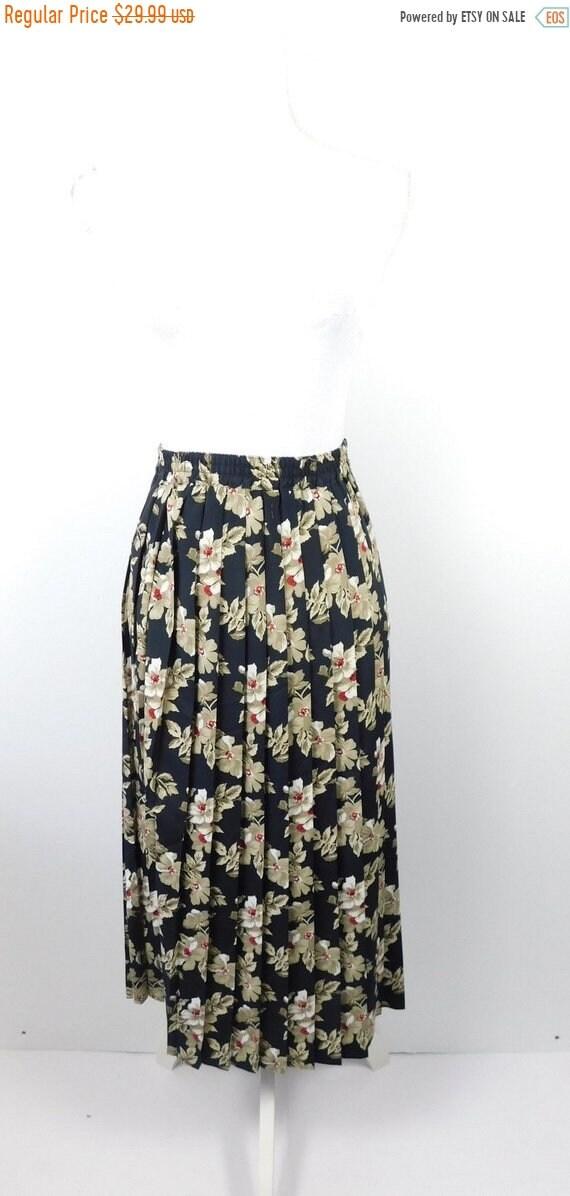 3a69908b11 50% NEW YRS SALE Vintage Alfred Dunner Black Brown Floral