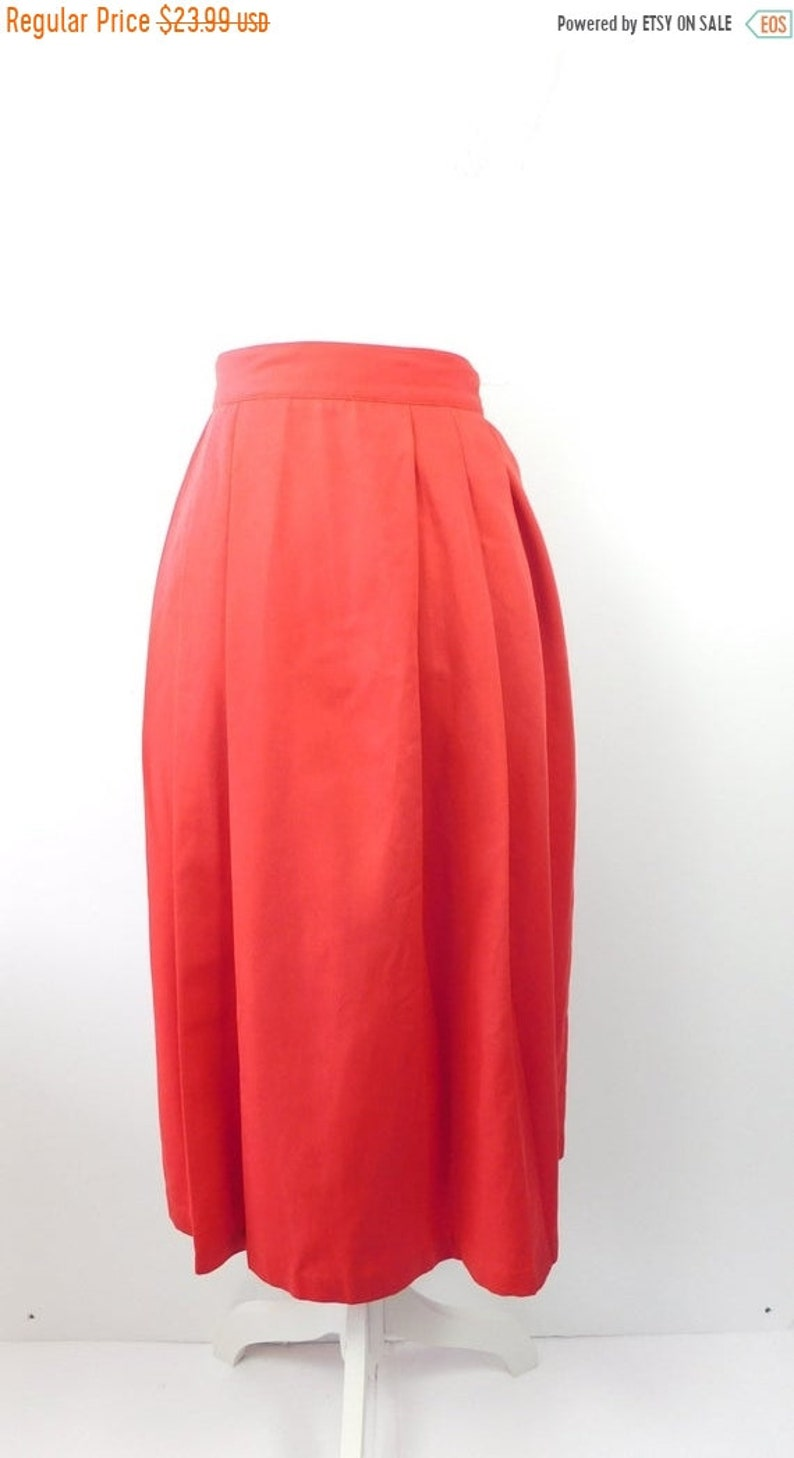 60/% BIG XMAS SALE Vintage 1980s Liz Baker Bright Red Solid Accordion Pleated Front Minimal High Waist Midi Skirt Sz 181X Plus Size
