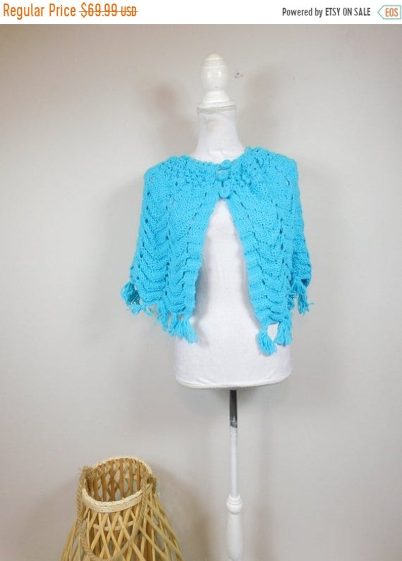 50% OFF FALL SALE Vintage 80s Aqua Blue Crocheted Knitted image 0