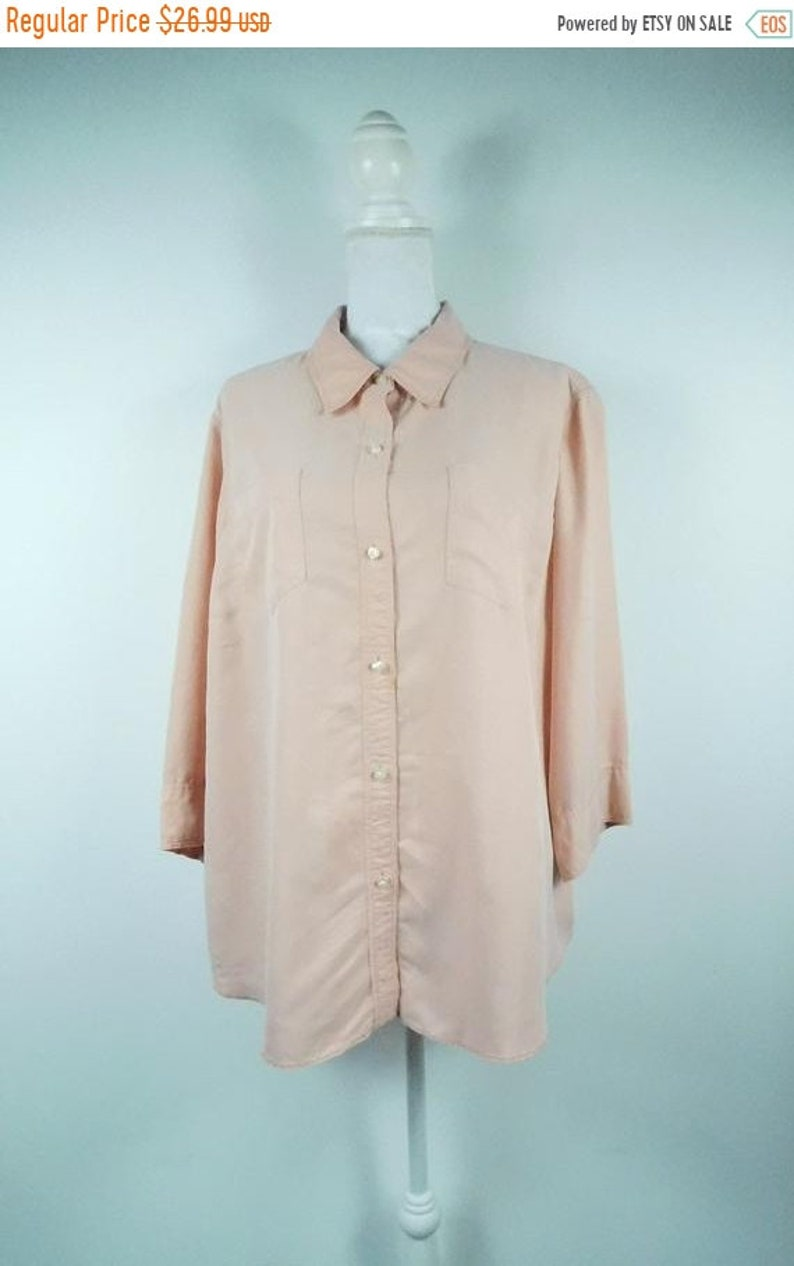50/% SUMMER SALE Vintage 1990s Liz Caliborne Mauve Solid Pink Collared Button Down Chest Pocket Minimal Long Sleeve Blouse Top Shirt Sz 20W P