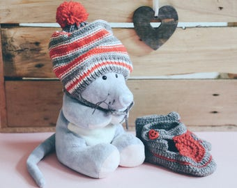 Baby hat and boots