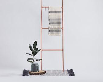 Copper pipe ladder | rose gold accessories rack | copper pipe accessories rack | fair and shop retail display | scarves display rail