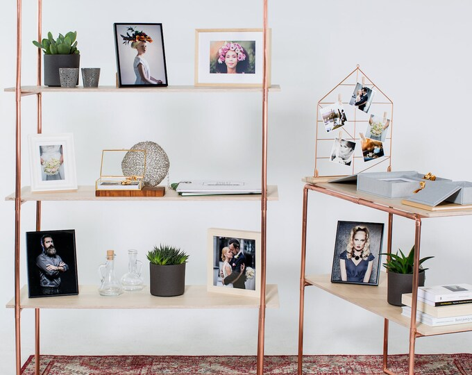 Industrial shelving made of copper pipe and plywood | trade show and shop display | rose gold minimal look | exhibition shelving