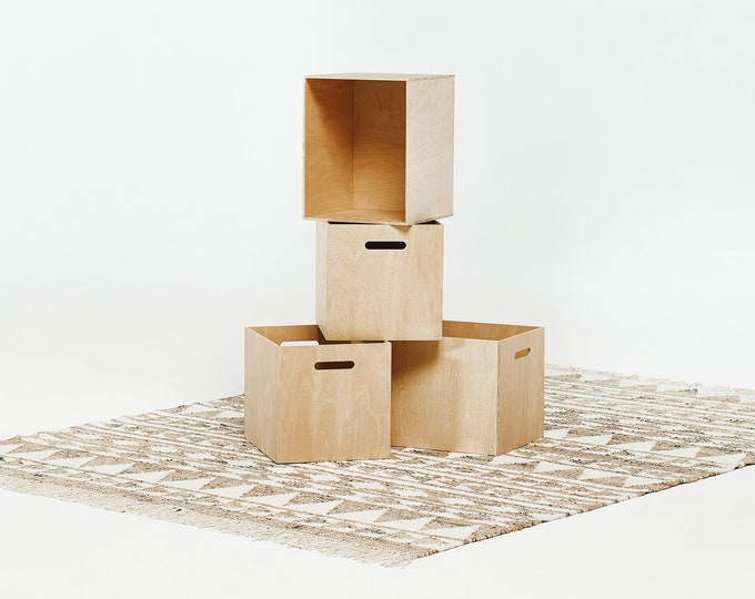 Plywood boxes (set of 2)