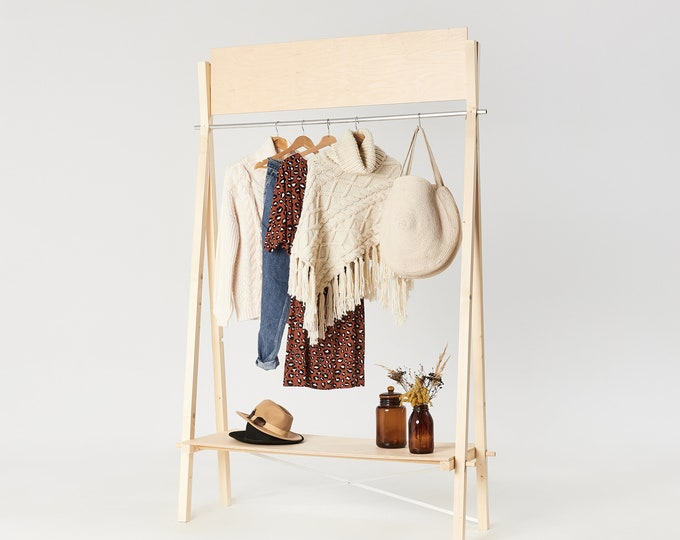 Portable wooden clothing rack VR-02 with custom logo board  | pop up store |