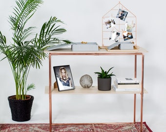 Copper console table by Milimetry | copper pipe and plywood | fairs and shop display | rose gold minimal look