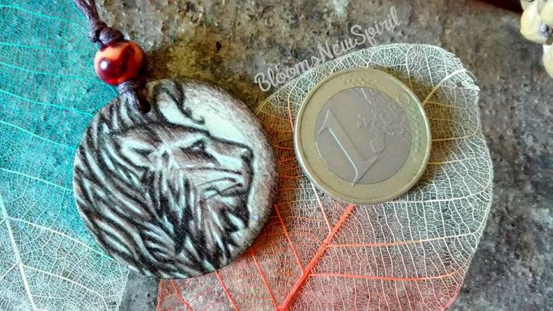 Spiritual Pendant and Necklace for Men Spirit Totem Wood Lion Pendant Necklace for Women Lion Charm Boho Necklace Wood Totem Pendant