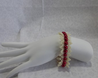 Pearl Bracelet: Cream Lace