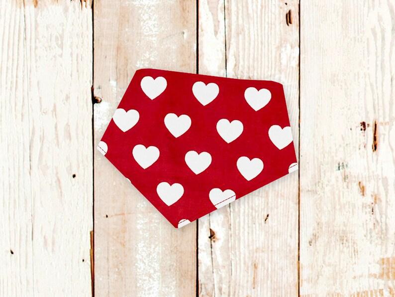 Sm custom dog gift Dog Bandana BIG RED HEARTS machine washable dog bandana Valentine/'s Day dog bandana with snaps Ready to Ship