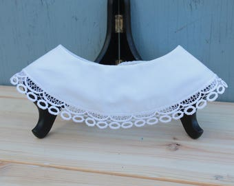 1940s Lace Edged Collar