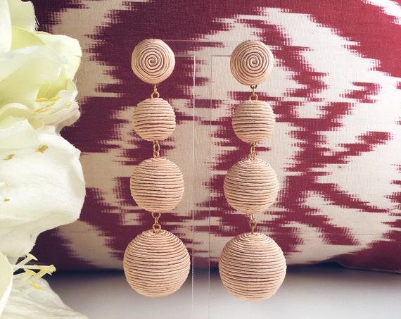 Les Bonbons Nude earrings
