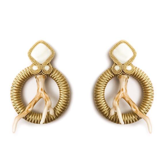 CORAL Beige Earrings