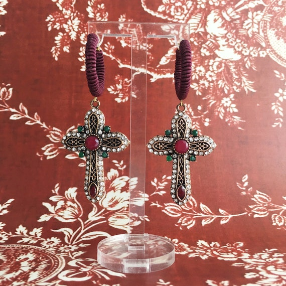 BAROQUE Bordeaux Earrings