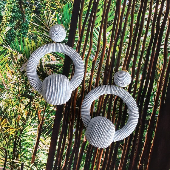 Aros Les Bonbons Gris Earrings