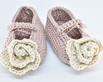 b507a5430538 Powder pink crochet baby shoes knitted baby booties handmade baby girl shoes  crochet Mary Janes shoes