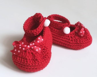 Crochet baby booties, baby shoes, Crochet Mary Janes shoes, baby girl ballerinas, newborn baby shoes, shower gift