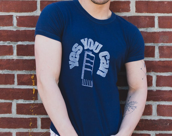 Mens Vintage T-Shirt - Small 80's Navy Blue Tee that reads YES YOU CAN  Casual Short Sleeved Summer Sports Muscle Shirt