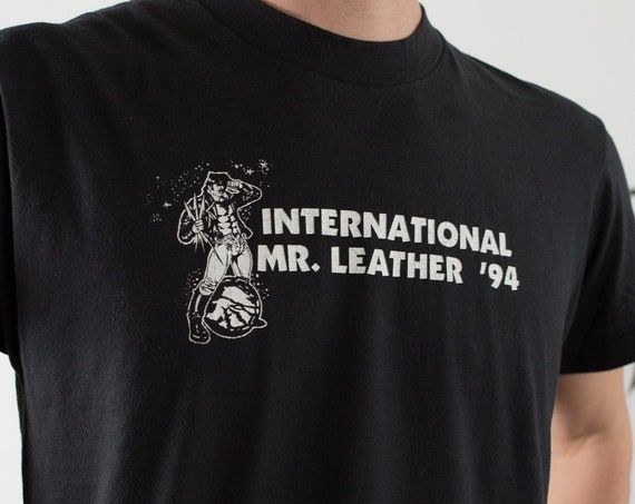 Vintage 90's International Mr. Leather Shirt - Men's Large Size White Coloured IML Gay Leather Event T-shirt - LGBT Gay Interest Tee