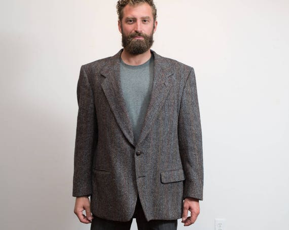 Vintage Harris Tweed / 1980's Mens Charcoal Grey Wool Tweed Sports Coat / Pure Hand Woven Virgin Wool Jacket / Made in Scotland