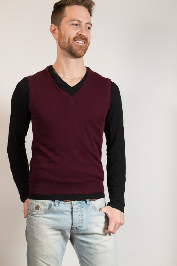 Vintage Burgundy Vest - Men's Medium Size Knit Brown Wool Pullover Sweater Vest - Retro Soft Vest