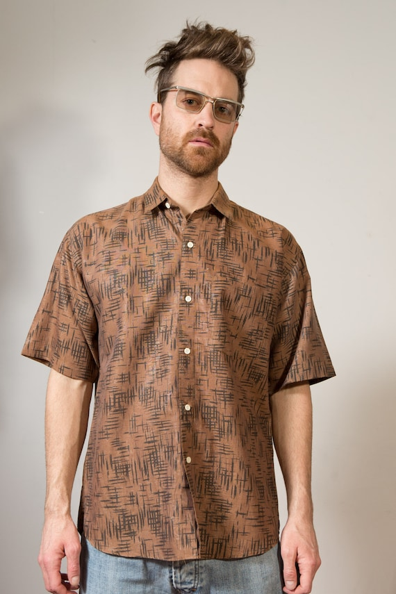 Vintage Brown Tiger Tail Tribal Short Sleeve Button down Shirt Vintage Brown Shirt - Men's Large African Style Casual Designer Shirt