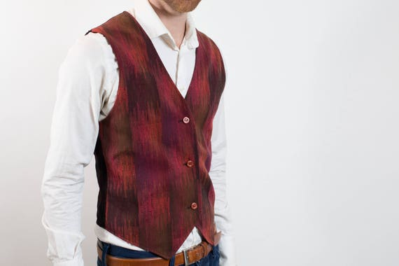 Vintage Mens small Vest with Reddish Tones / Casual Preppy Eccentric Sporty Summer Band Rockstar Button up Vest