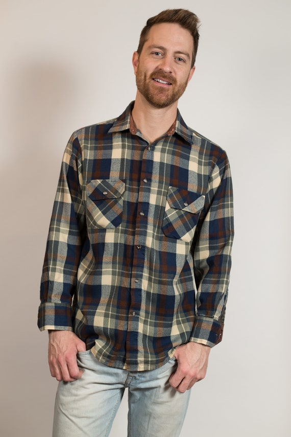 Vintage Men's Flannel Shirt - Medium North Country Plaid Shirt - Checkered Outdoor Lumberjack Shirt - Button up Blue Western Wear