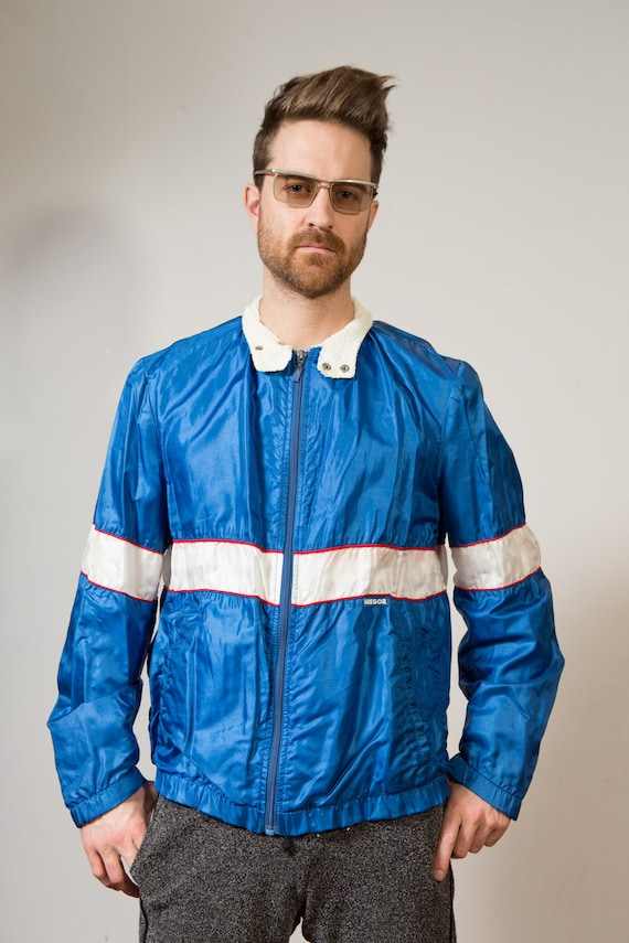 Vintage Colour Blocked Windbreaker - Blue and White Large Size Men's / Women's Athletic Sports Jacket