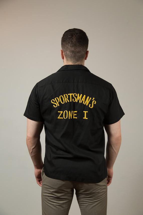 Vintage Black Shirt / Hilton Brand Mens Medium Black Button up Casual Short Sleeved Racing Summer Beach Shirt - Bob Emblem