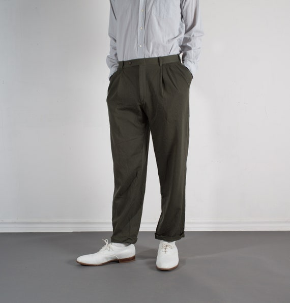 Vintage Mens Greenish Brown Trousers - W33 Pleated Wool Dress Pants / Slacks with Cuffs
