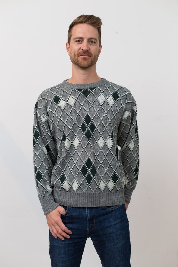 Vintage Men's Sweater - Medium Retro Grey Geometric Abstract Pullover with Green and White Triangles- Long Sleeved Jumper