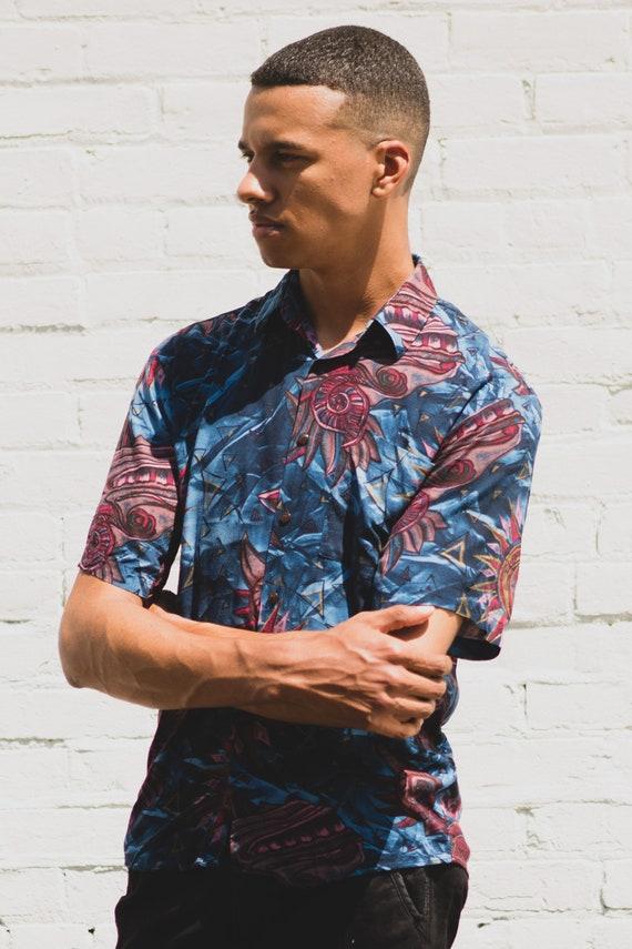 Vintage Abstract Shirt - Small Size Men's Blue Abstract Hawaiian Tikki Button up Short Sleeved Aloha Shirt